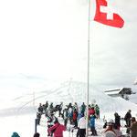 Eine Guggenmusik im Skigebiet