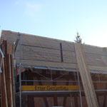 Das Dach ist bereit für die Ziegel