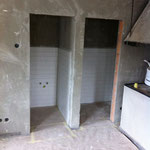 Plattenarbeiten in den Toiletten sind beendet