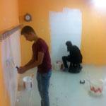 Die Jugendlichen bei der Arbeit