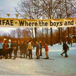 This 1971 postcard touts Caberfae as the place to be for boys and girls on spring break.