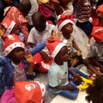 Einmal im Jahr (an Weihnachten) dürfen die Kinder in die Stadt in ein Restaurant.