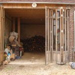 Portes d'atelier en chêne massif vitrées (photo)