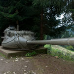 Verbunkerter Panzerturm  vom M47 mit 9cm Panzerkanone. Bunkermuseum Wurzenpass