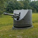 10,5 cm leichte Feldhaubitze in Turmlafette, Kaserne Strass Leibnitzer Feld