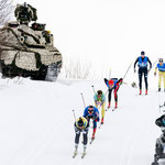 Schützenpanzer am Streckenrand