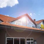 Gebäudeschutzfolie, Sonnenschutzfolie, UV-Schutzfolie, Spiegelglasfolie, Splitterschutzfolie, Fensterbeklebung