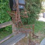 """""""Fernblickmaschine Desinformationslawiene"""", Loslösungsprozess vom Fernseher, Stahl, 90Kg :-), verkäuflich"""