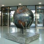"""""""Die Erde liegt in unseren Händen"""", Stahl naturfarben, 250Kg, zzt. in der HLW Haag"""