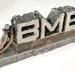 120 Kg Stahllogo, live beim BMB Steelrain entstanden