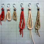 四つ編みのキーホルダー手作り革工房Waioli1304