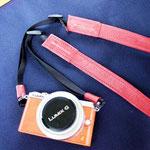カメラストラップ手作り革工房Waioli(赤色)1405