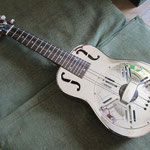 Republic Guitars  Resonator Ukulele( made by Aiersi 中国)