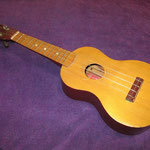 Mitsuba Ukulele No.110 三つ葉楽器の初期モデル
