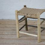 Wildholzhocker aus Esche, Sitzfläche aus Dänischer Papierschnur gewebt, 2014