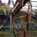 """Foto©g.pichler, """"Zwischen OBEN & UNTEN"""" / Installation / Ort: Terrasse"""