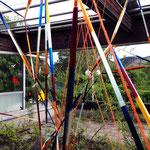 """Foto©c.redtenbacher, """"Zwischen OBEN & UNTEN"""" / Installation / Ort: Terrasse"""