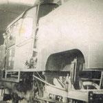 TKt48-58 w hali lokomotywowni ok. 1970, ze zbioru M.Kuca