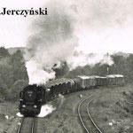 """20.6.1986 poc. zbiorowy z Mirska opuszcz Gryfów, foto: M.Jerczyński, z """"Kronika MD J. Góra od roku 1982"""""""