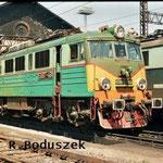 EU07-461 przed halą lokomotywowni,wiosna 1995.FotoR.Boduszek.