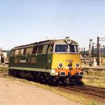 SU45-263 przed halą lokomotywowni maj 1995 foto H. Magoń