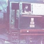 Ty2-639 ok. 1981 roku na stacji Gryfów. Pomocnik Jerzy Nocoń. Ze zbioru Stanisława Brodziaka