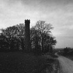 La plaine de Pierrelaye, la colonne d'équilibre