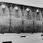 Le mur mitoyen du cloître et de l'abbatiale (1)