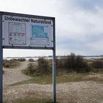Unbewachter Naturstrand Fehmarnsund - Schilder lesen rettet Leben