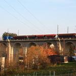 Pause des Schotterzuges direkt auf dem Colmnitzer Viadukt