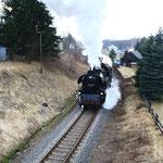 65 1049 mit Sonderzug nach Chemnitz kurz hinter dem Bahnhof Markersbach