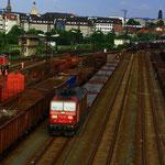 180 013 mit Gz in Dresden Friedrichstadt