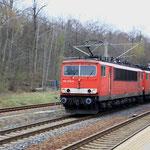 155 078 und 155 265 mit Schottervollzug in DKC