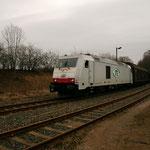 285 105 im Bahnhof Berthelsdorf