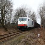 285 105 auf der Anschlussbahn 1