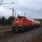 261 065 mit extra viel Gaskesselwagen in Döbeln
