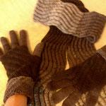 """Schal und Handschuhe aus Atelier Zitron """"Unisono"""", Fr. Irene Hann"""