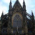 der Kölner Dom, am frühn Abend