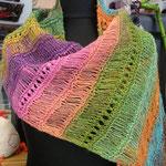 """Schal aus 1 Kn. """"Silk Garden Socks"""" von Noro"""