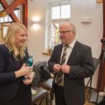 Elwinie Stradner und Fred Eisele im Pausengespräch