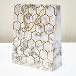 арт. 3008AM-25 Пакет для подарков Золотые соты на мраморе 25*32*11 см. Оптовая цена 60 руб.