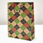 арт. 1705097 Пакет для подарков крафт Шотландская клетка 31,5*23,5*8,5 см. Оптовая цена 30 руб.