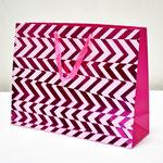 арт. BK1005-A3 Пакет для подарков Абстрактные зигзаги розовый 31*41*13 см. Оптовая цена 75 руб.