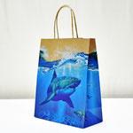 арт. 0396.090 Пакет для подарков крафт 3D Акула 26*32*12 см. Оптовая цена 49 руб.