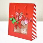 арт. 3639804 Пакет для подарков Любовь - это сладкие радости 23*27*8 см. Оптовая цена 40 руб.