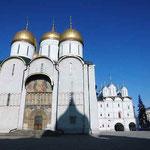 ウスペンスキー大聖堂 ロシア皇帝が戴冠式に臨んだ寺