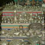 スーク(市場)には銀製品や銅製品や金の装飾品が満載