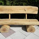 Kettensägenschnitzer, Holzskulpturen, Baumstamm Bank, Holzkunst , Holzstelen