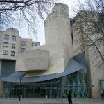 Американский центр в Париже