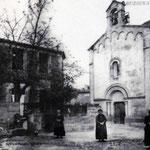 La place de la Mairie avant 1912 ( l'horloge n'est pas encore installée)